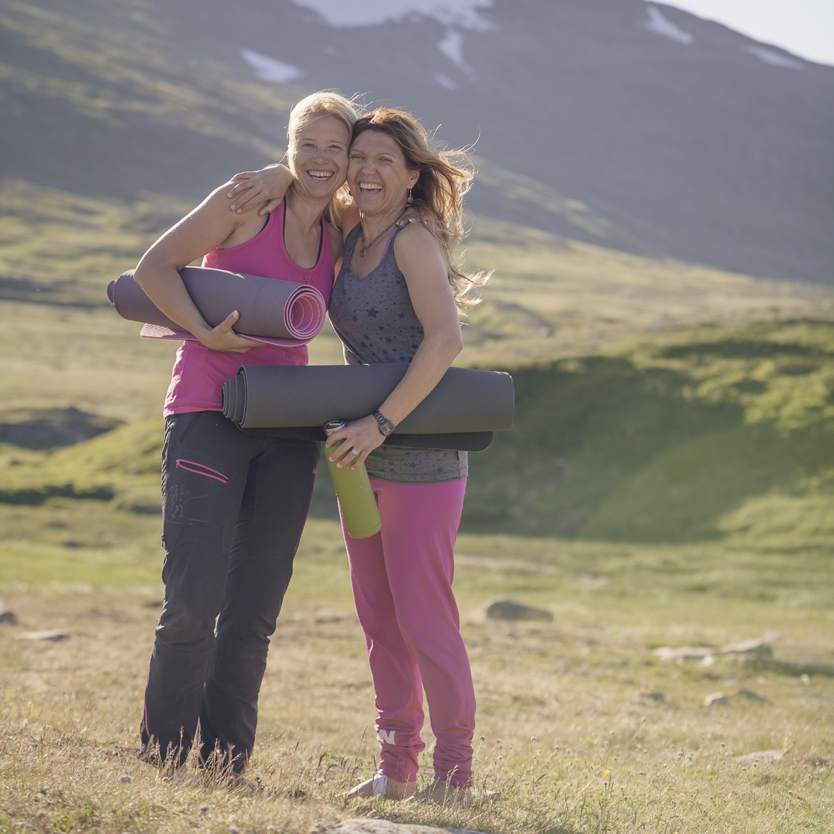 Evelina Åslund, Cecilia Götherström, Studio Stark, JoyEvent, Yoga, Hiking, Midnight Sun, vacation, retreat, Helags, National Park, Lapland , Sweden
