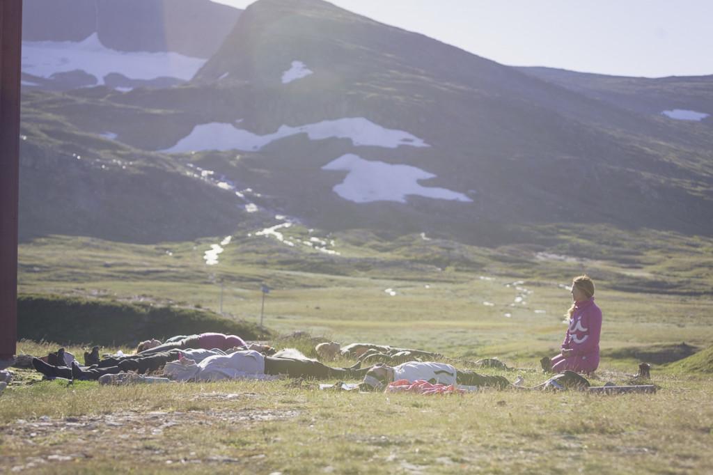 Yoga, trekking, hiking, midnight sun, Helags Fjällstation, Helags Natinonal Park